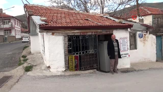 Hayırsever vatandaş mahalle bakkalındaki borçları kapattı